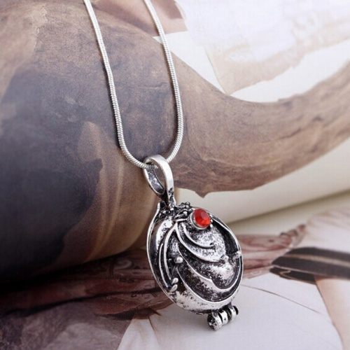 Gadget Collana Serie TV THE VAMPIRE DIARIES ELENA